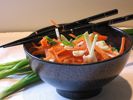 Asian slaw with kohlrabi and carrots