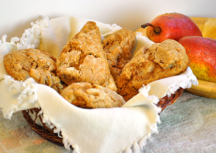 pear cinnamon scones