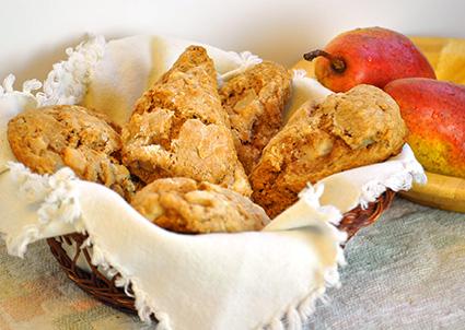 pear cinnamon scones
