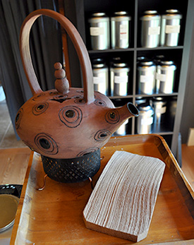 Clay teapot created by Margit Nellemann