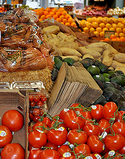 Fruits and vegetables in a supermarket. Tests Reveal Benefits of Eating Organic Foods.